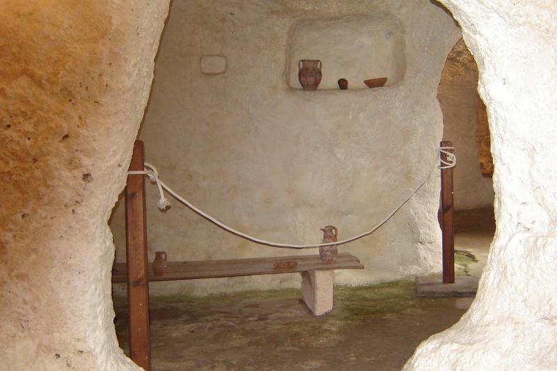Villaggio Ipogeo, ricostruzione corredo